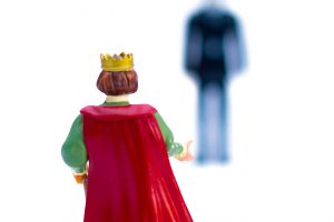 16. Koning met schim in de verte OndergeschovenDelen